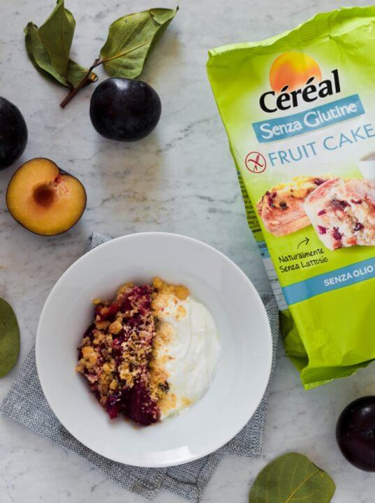 Crumble alle susine con Fruit Cake Senza Glutine Céréal