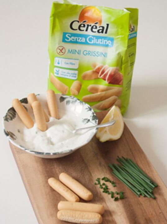 Mini Grissini Céréal Senza Glutine con Salsa allo Yogurt