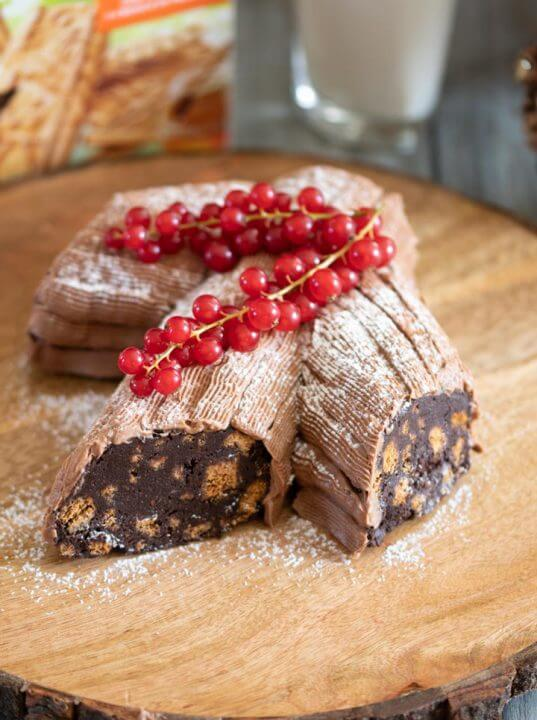 Tronchetto Natalizio con Salame di Cioccolato